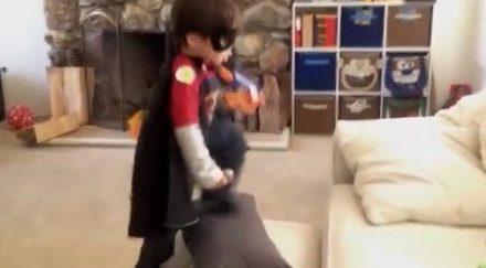 Πως βλεπει ενα μικρο παιδι τον κοσμο (Απολαύστε το video) – Psychologized