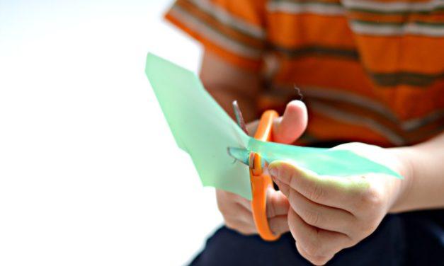 Τα στάδια εκμάθησης κοψίματος με ψαλίδι (Δωρεάν ebook)